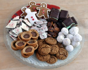 the holiday cookie plate