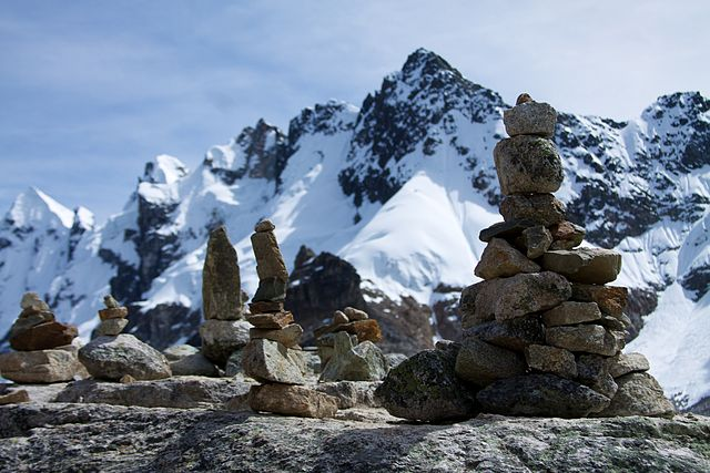 Salkantay Trek - Cairns on the pass